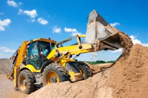What are the common causes of insolvency in the construction sector?
