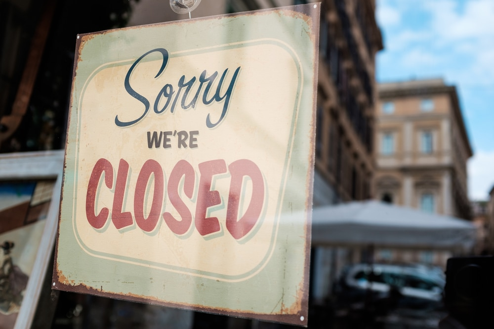 Social distancing to put UK restaurants out of business